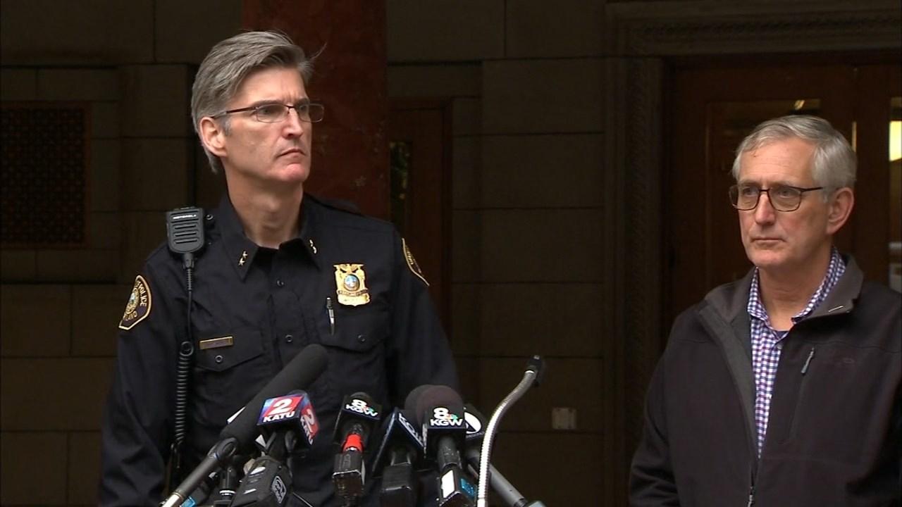 Portland Police Chief Mike Marshman and Portland Mayor Charlie Hales. (KPTV)