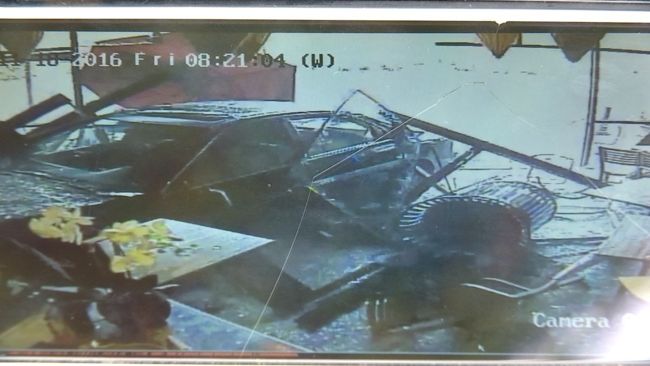 Surveillance image of car hitting restaurant in Tualatin (La Sen Vietnamese Grill/KPTV)