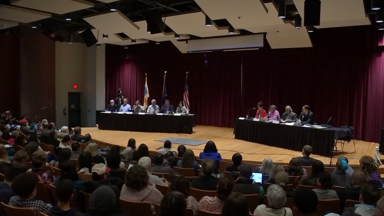 Salem City Council accepted Daniel Benjamin's resignation on Monday (KPTV)