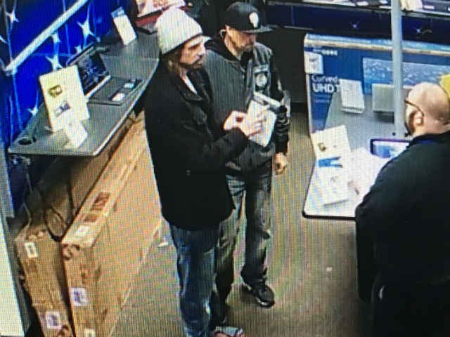 Surveillance image of the suspects. (Courtesy: Aaron's)