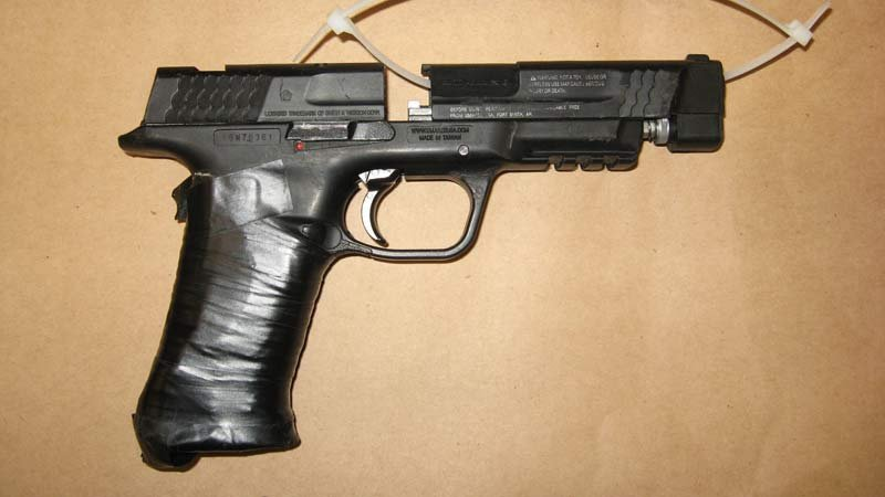 Airsoft gun recovered from stolen car (Photo: Sherwood Police Department)