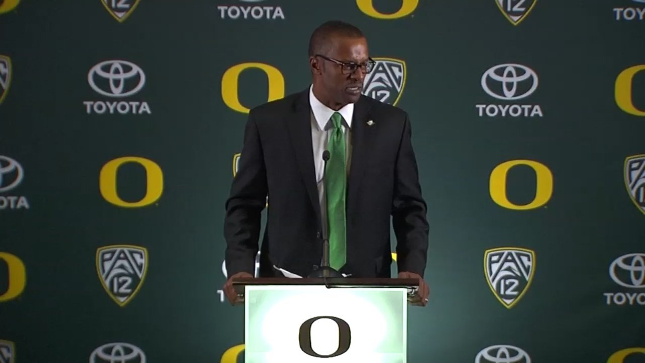 During his introductory news conference Thursday, new Oregon Ducks head coach Willie Taggart said he was ready to get to work and that he believes this team has the tools to win a National Championship. (KPTV)