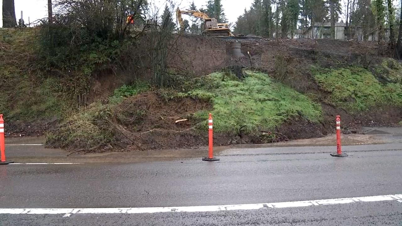 Landslide in Tigard area (KPTV)