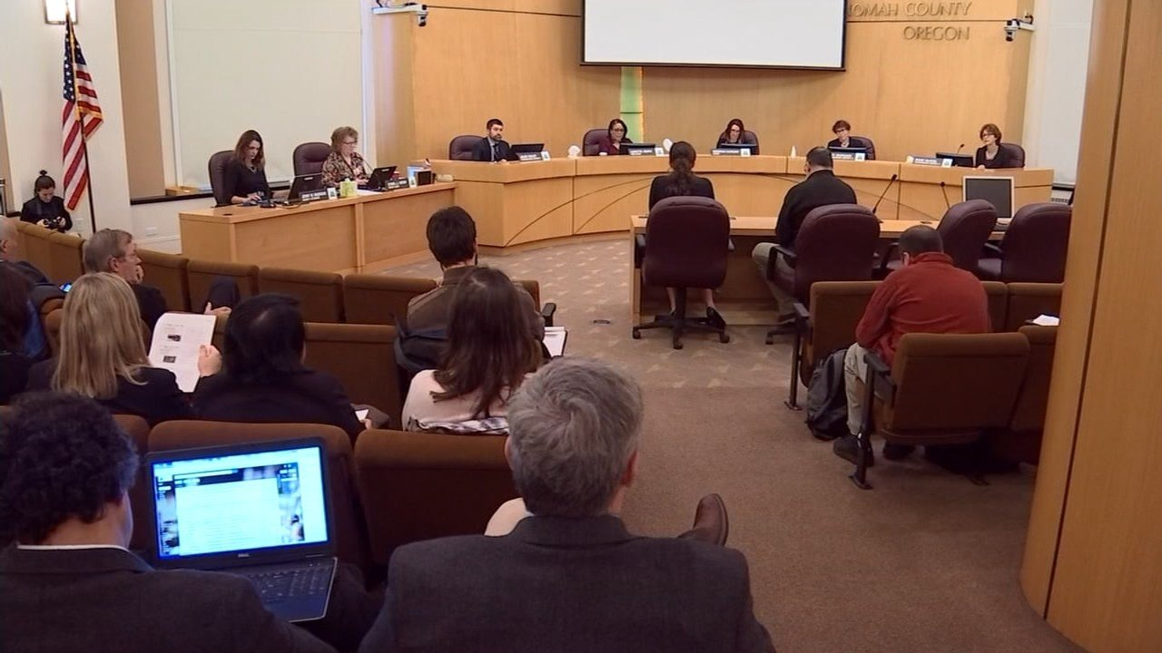 """Multnomah County commissioners voted unanimously Thursday for an ordinance making Multnomah a """"sanctuary"""" county. (KPTV)"""