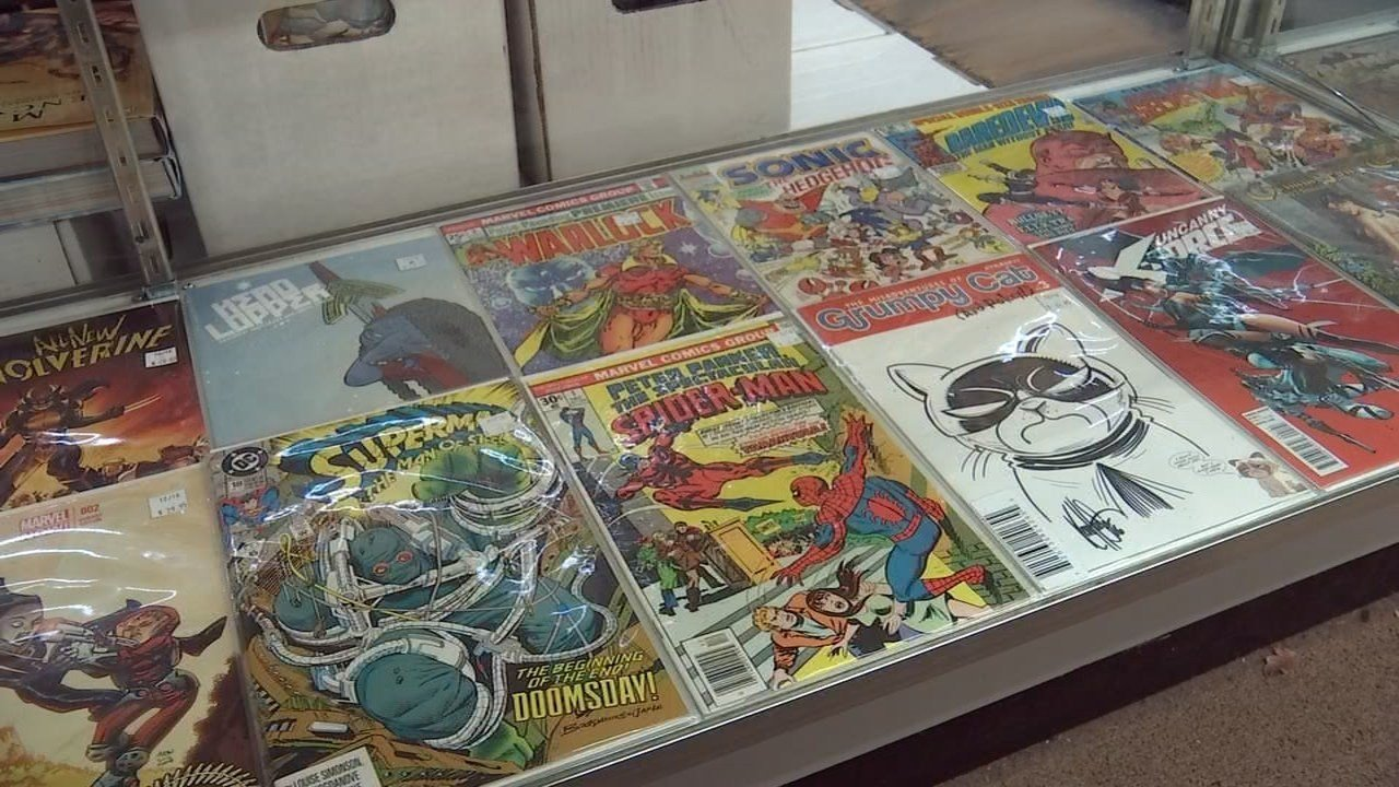 A burglar stole valuable comic books from Excalibur Books & Comics in southeast Portland. (KPTV)