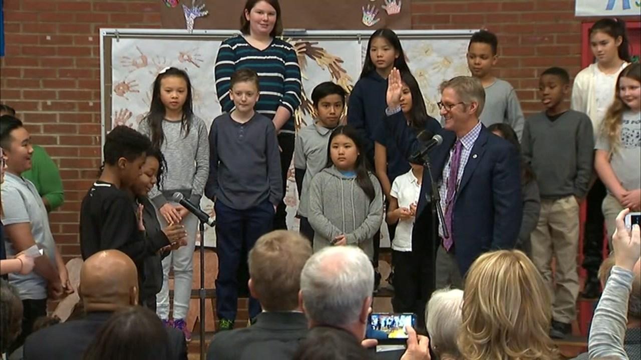 Portland Mayor Ted Wheeler at Jason Lee Elementary School (KPTV)