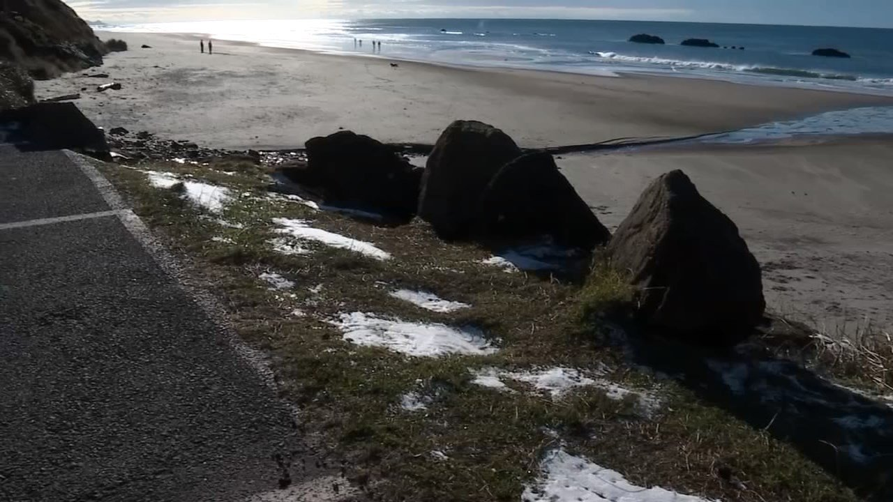 A little bit of snow remains in Lincoln City. (KPTV)