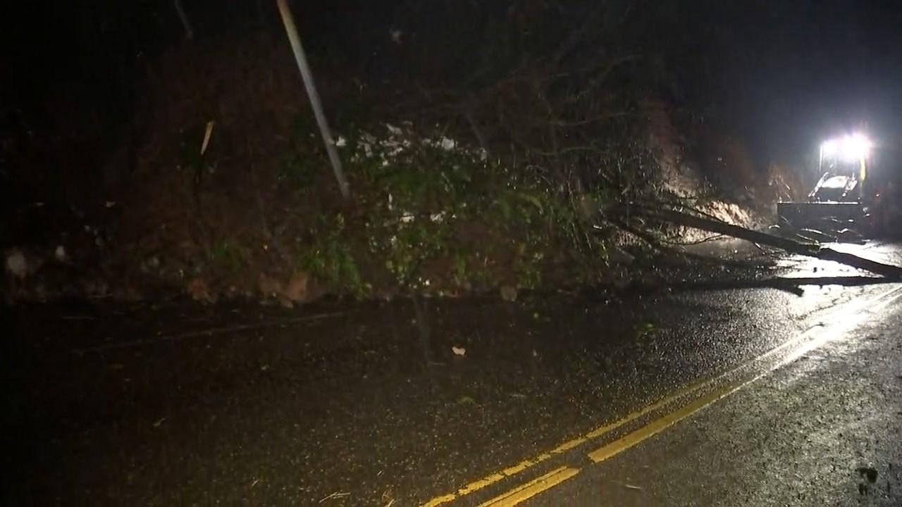Landslide on West Burnside. (KPTV)