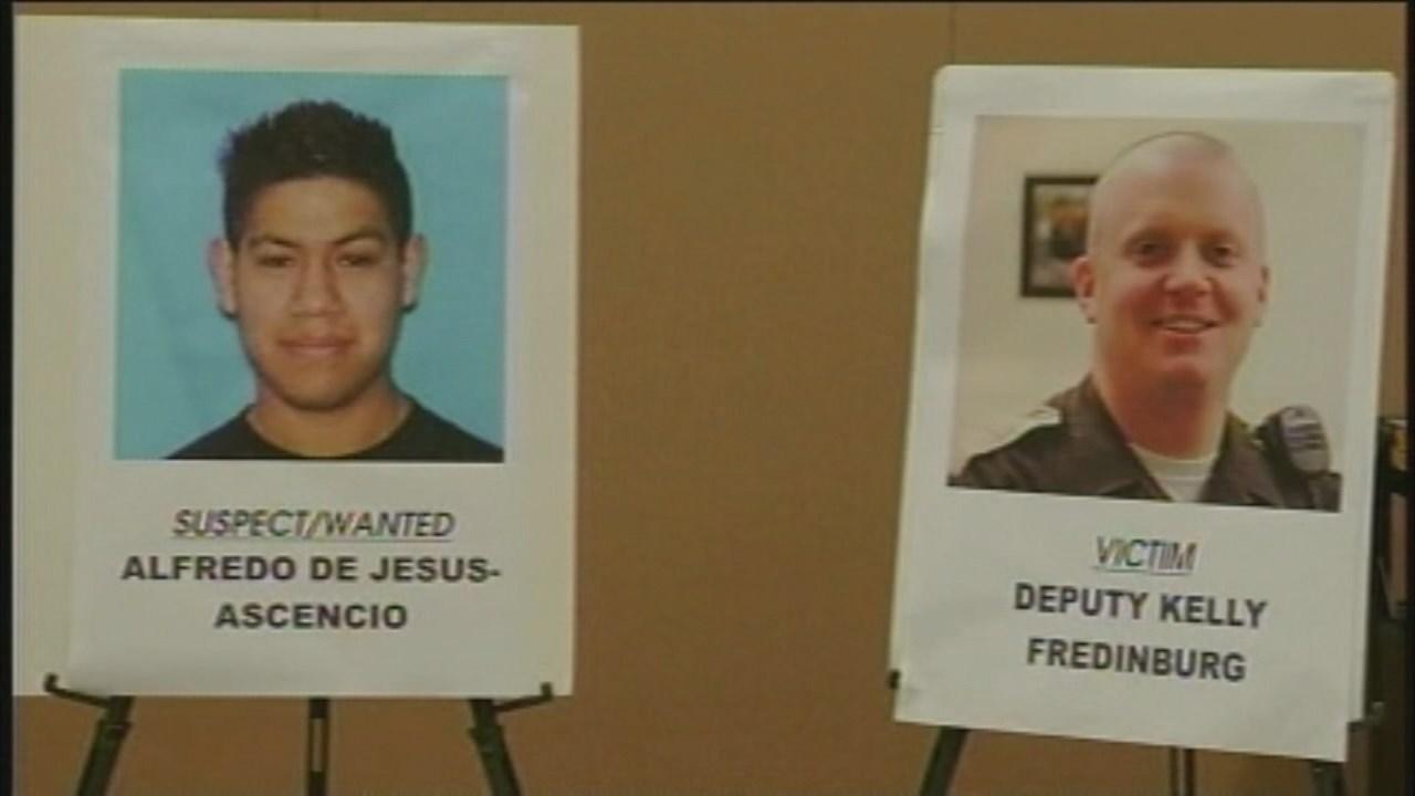 Photos from a 2012 press conference in the search for Alfredo de Jesus Ascencio (KPTV file image)