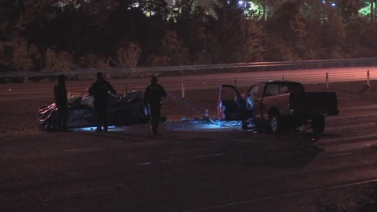 Deadly crash scene on Highway 26 near Sylvan exit in April 2016. (KPTV file image)