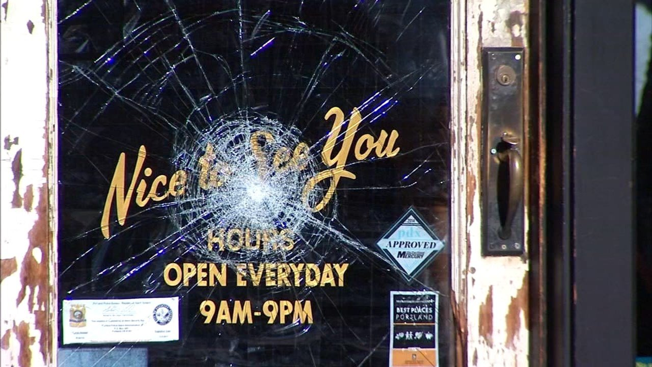 Rudy's Barbershop was also hit by a burglar during a crime spree on Southeast Division Street. (KPTV)