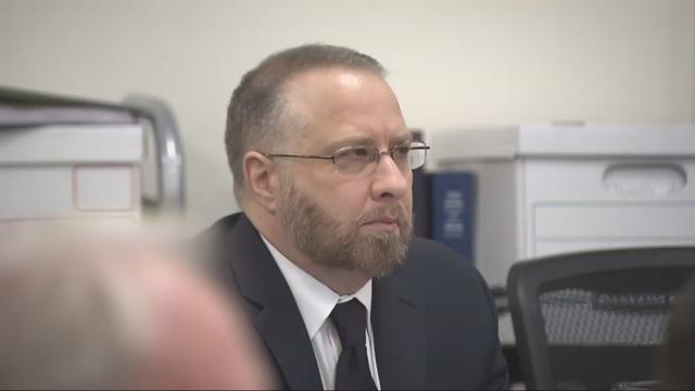 Lynn Benton in court in 2016 (KPTV file image)