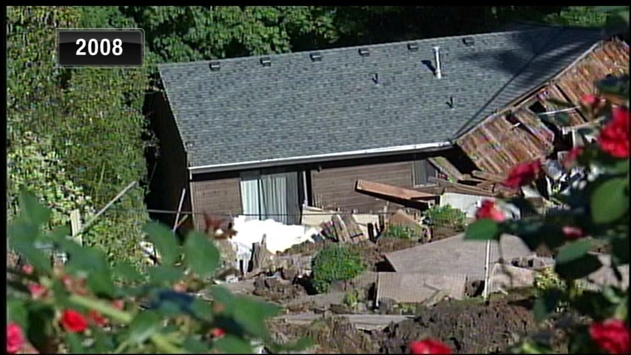 Landslide in West Hills in 2008 (KPTV file image)