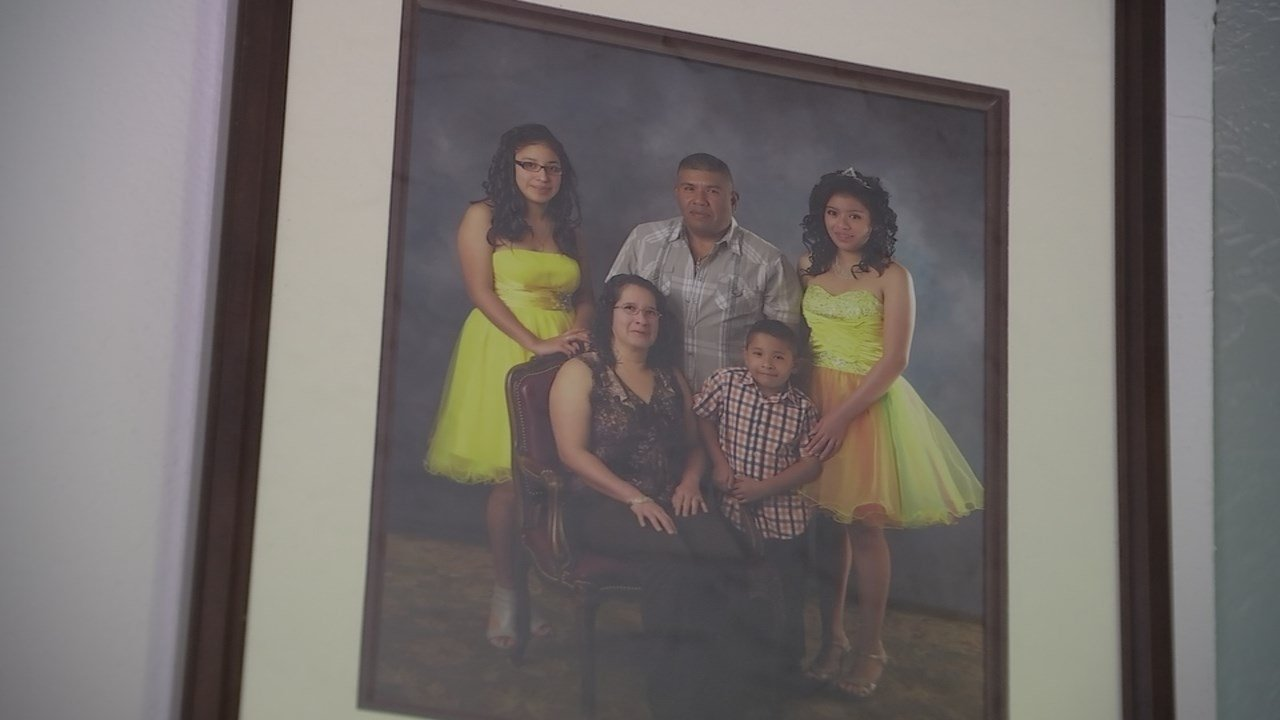 The children of Saul Loeza, who was stopped and detained by ICE agents after leaving his home in Woodburn last week, say new immigration policies are affecting more than those living illegally in the U.S. (KPTV)