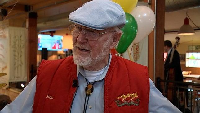Bob Moore (KPTV)
