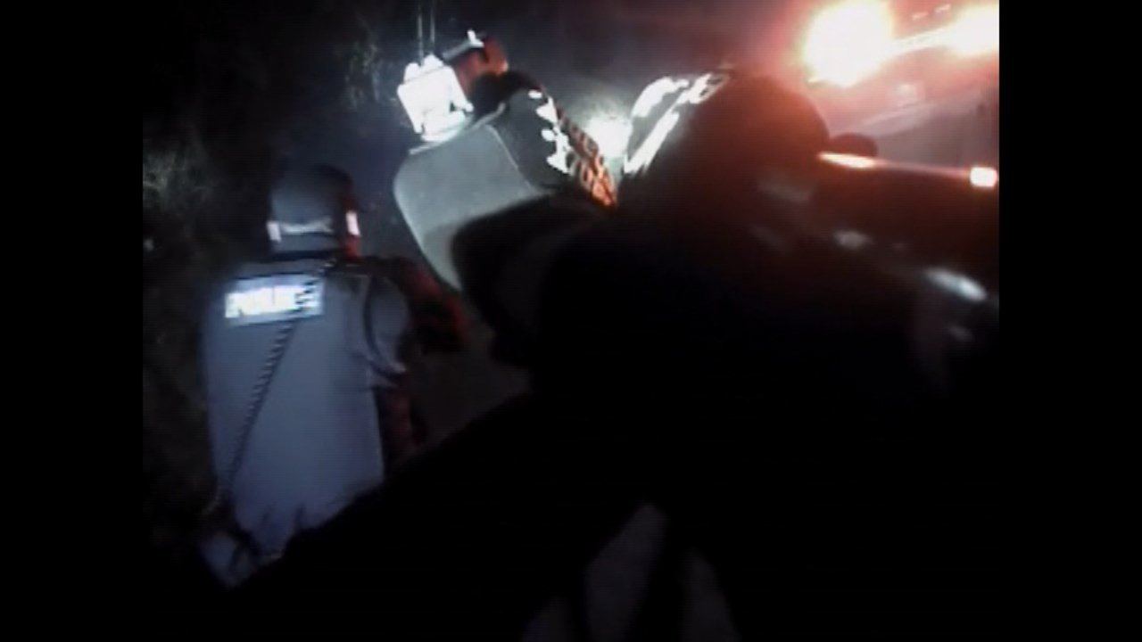 Footage from Officer Stanley Smith's body camera shows how five officers were responding to the scene where OSP Trooper Nic Cederberg was shot before the officers killed the gunman, who police say had also killed his wife earlier in the night. (KPTV)