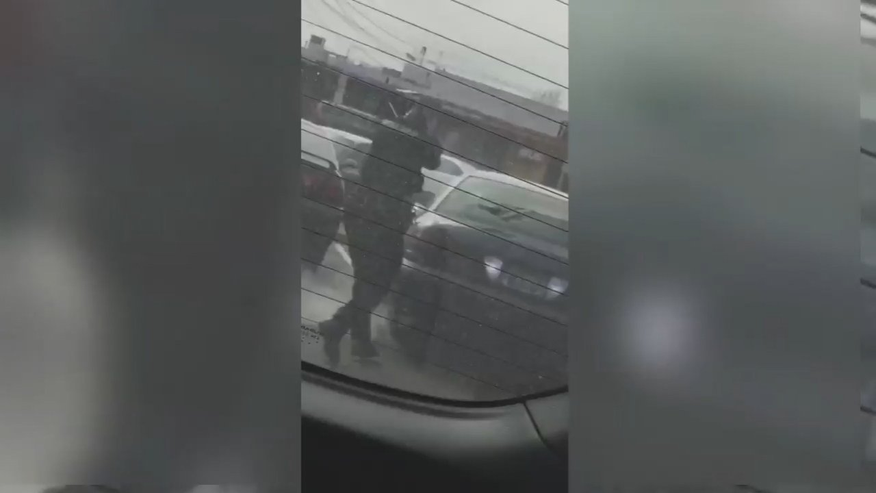 Video of officer-involved shooting in Vancouver. (Viewer video/KPTV)