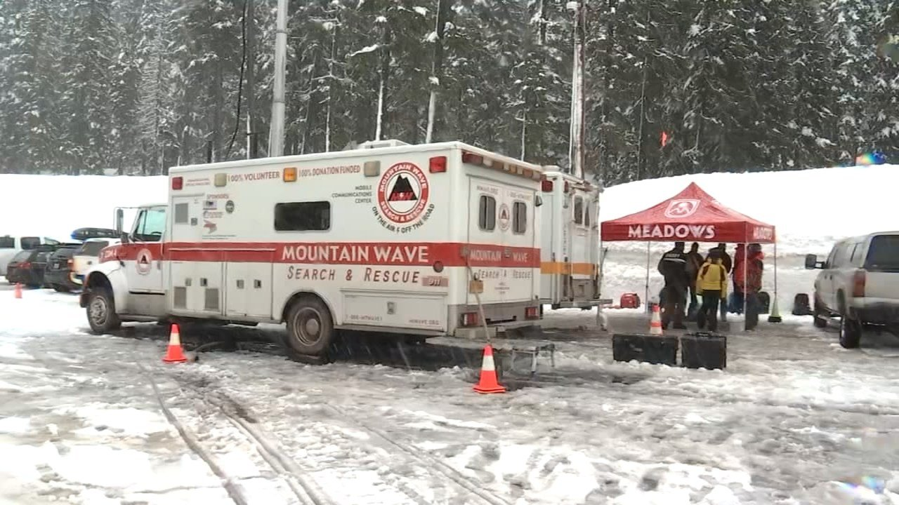 Search crews looking for missing skier Steve Leavitt. (KPTV)
