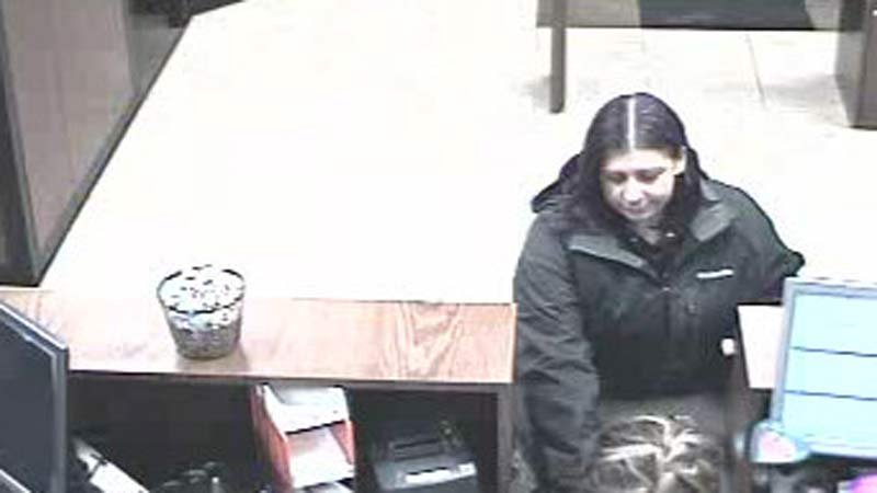 Surveillance image of bank robbery suspect (Clark County Sheriff's Office)