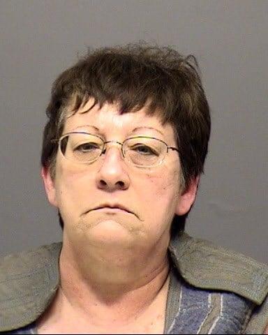 Lisa Marie Peterson booking photo (Clackamas Co. Jail)