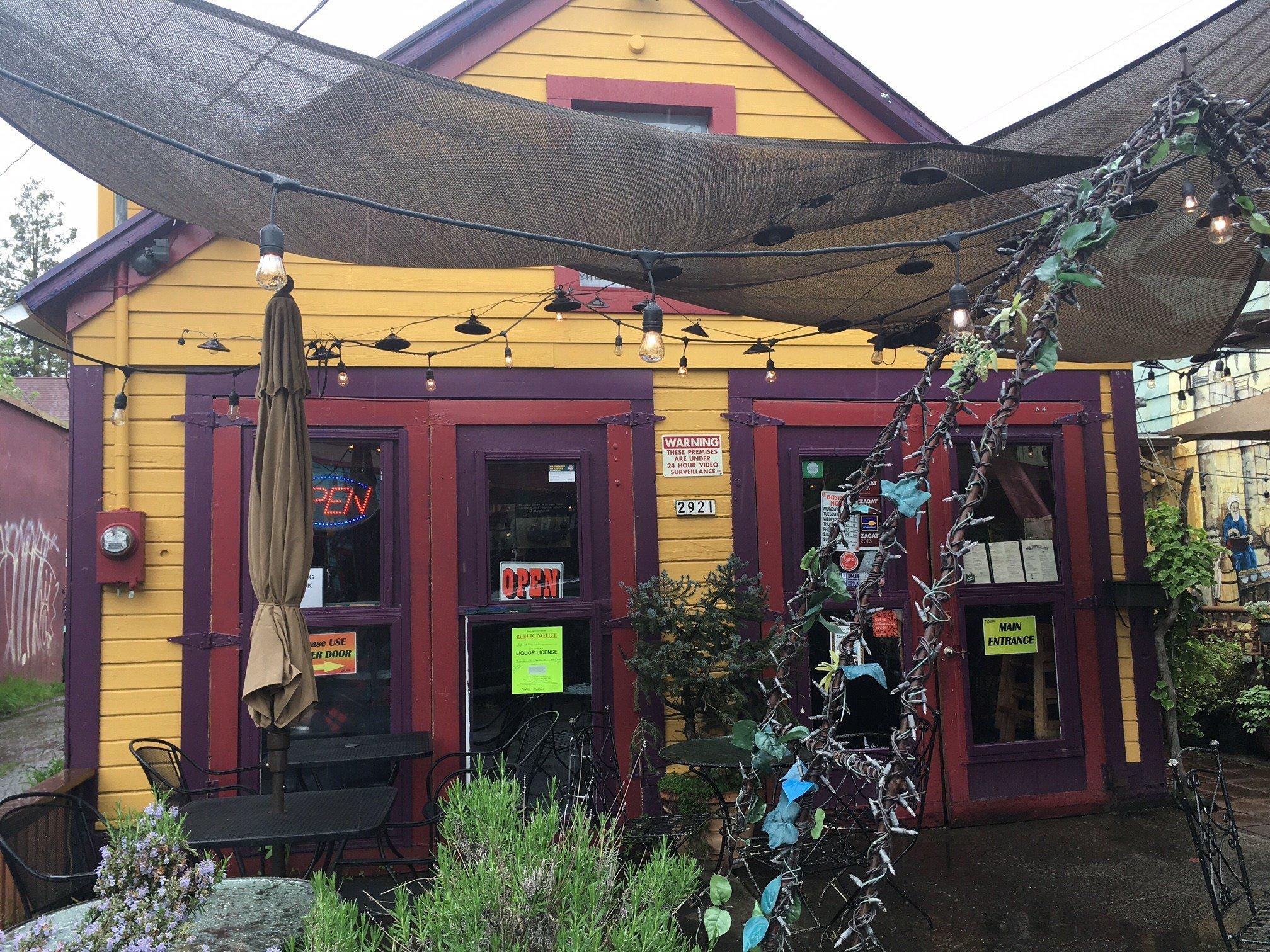 The DarSalam restaurant on Northeast Alberta. (KPTV)
