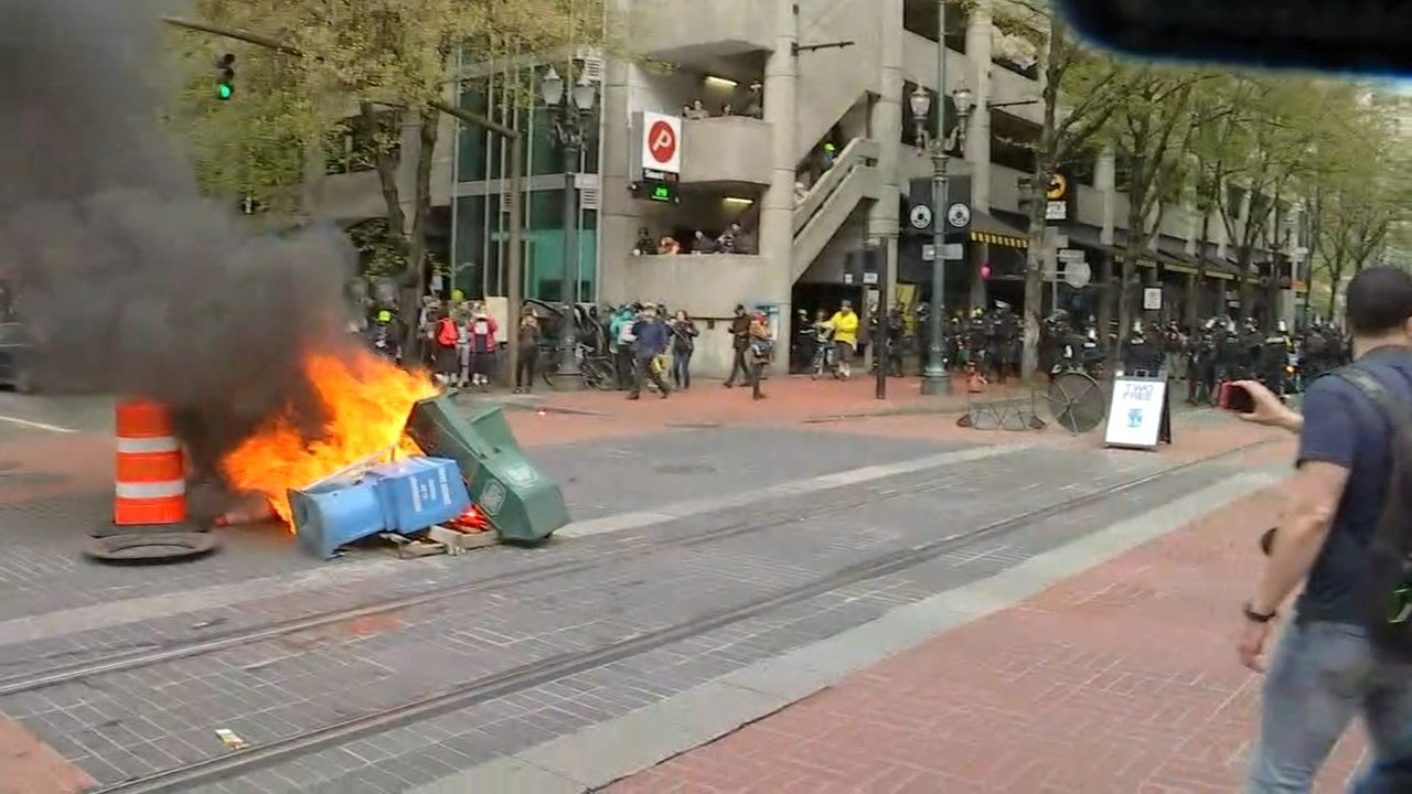 2017 May Day riot in downtown Portland. (KPTV image)