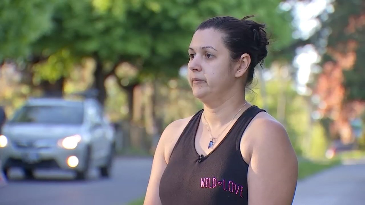 After Selmira Guevara's daughter said a man groped her at a bus stop, the woman went back to the scene to try and identify him a few days later. (KPTV)