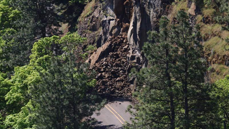 A rockslide has closed Highway 30, the Historic Columbia River Highway, just east of Rowena Point. (Photo: Scott McMullen)