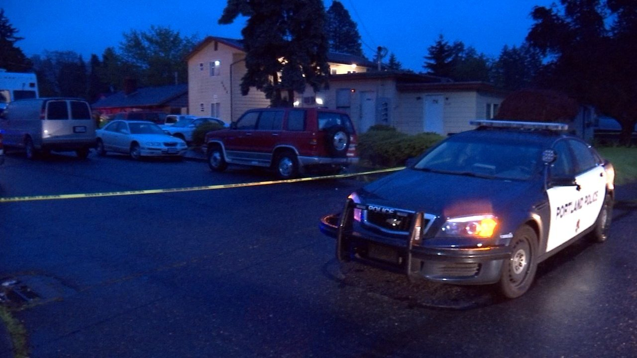 Homicide investigation in southeast Portland. (KPTV)
