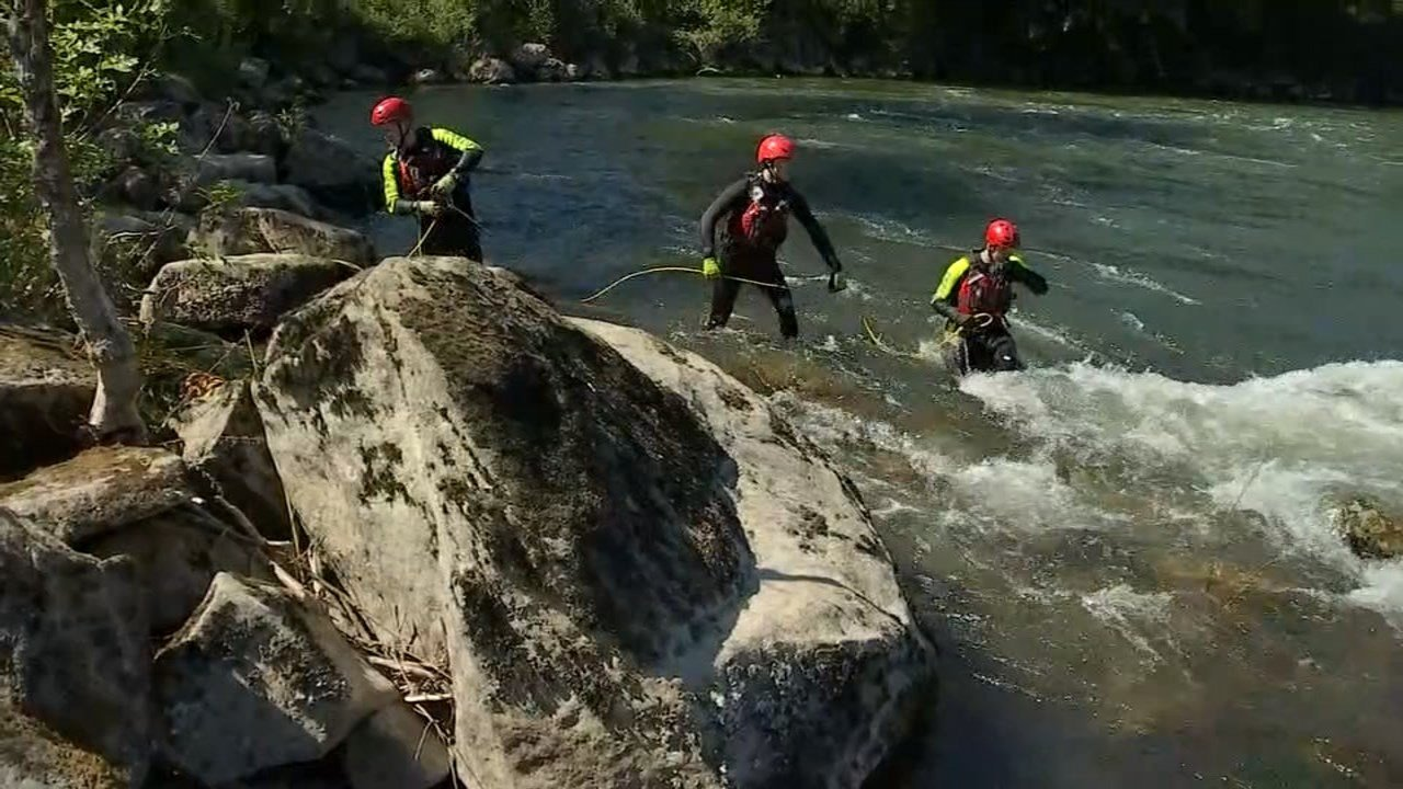 Water rescue crews spend day training on local rivers