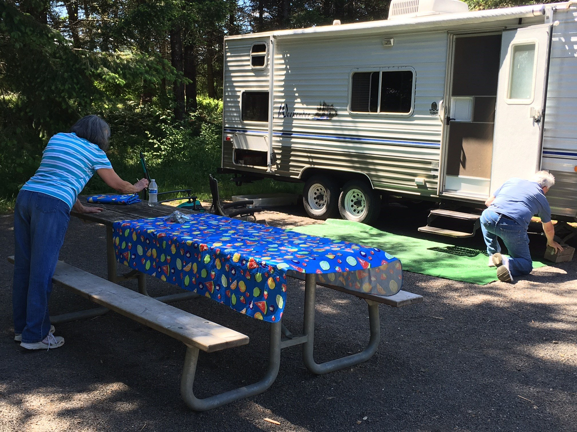 Campers setting up at L.L. Stub Stewart State Park on Thursday.
