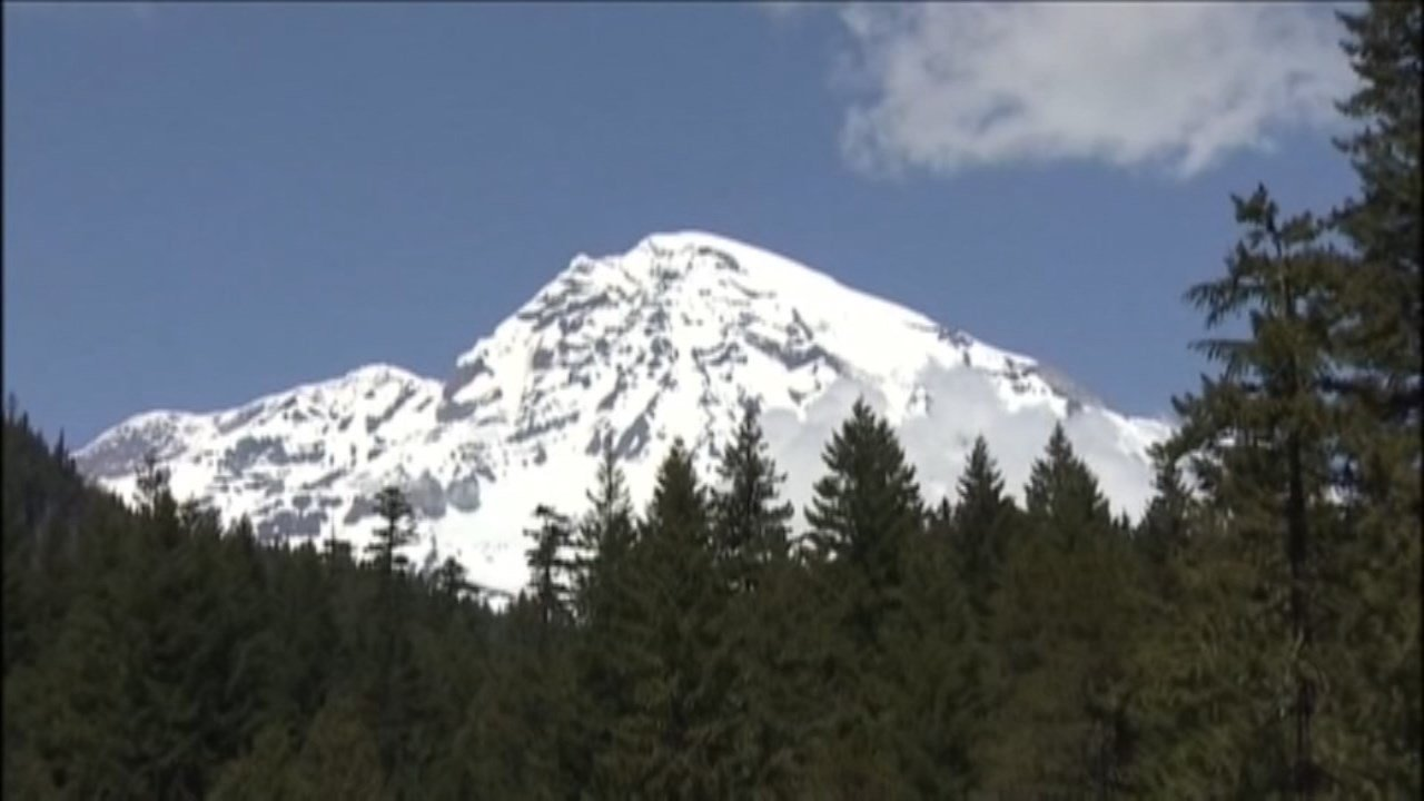 Mount Rainier. (CNN file image)