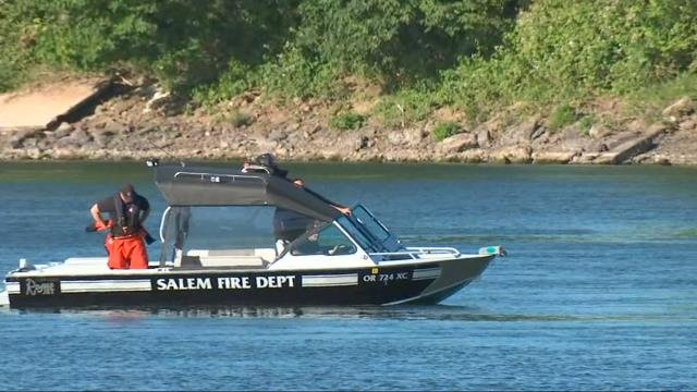 Crews suspend search for missing boy in river at Wallace Marine Park in Salem