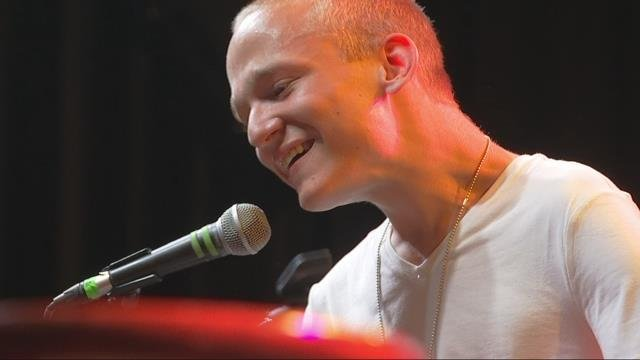 Make-A-Wish Oregon grants 19-year-old's wish to perform live concert