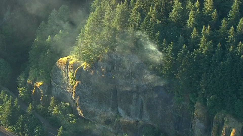 AIR 12 over scene of wildfire in Gorge. (KPTV)