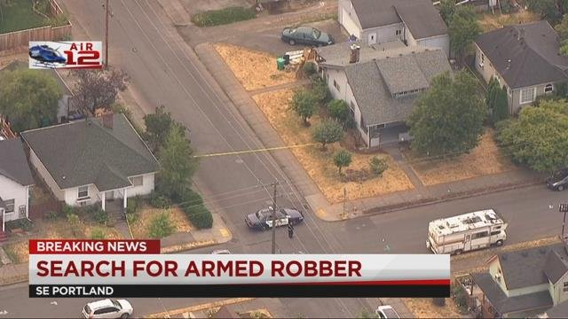 Police searching for armed robbery suspect in SE Portland, SERT, Crisis Negotiation Team responding