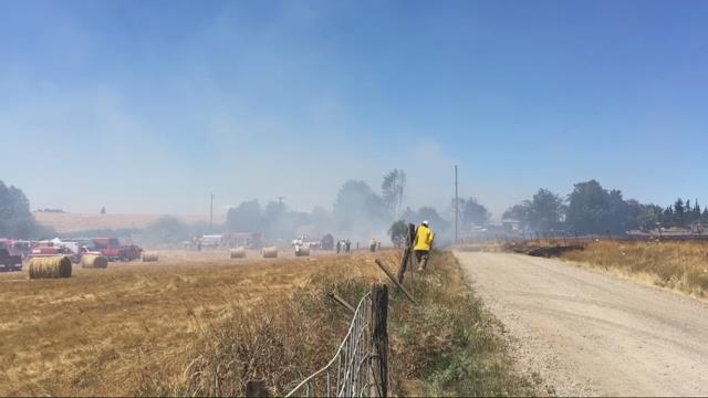Crews fight 5-alarm barn fire near Sublimity