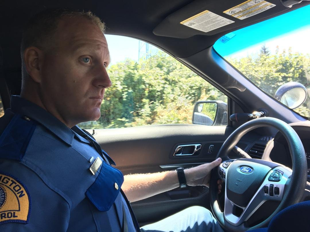 FOX 12 went on a ride along with Trooper Will Finn with the Washington State Patrol Sunday to see how they are enforcing the new law. (KPTV)