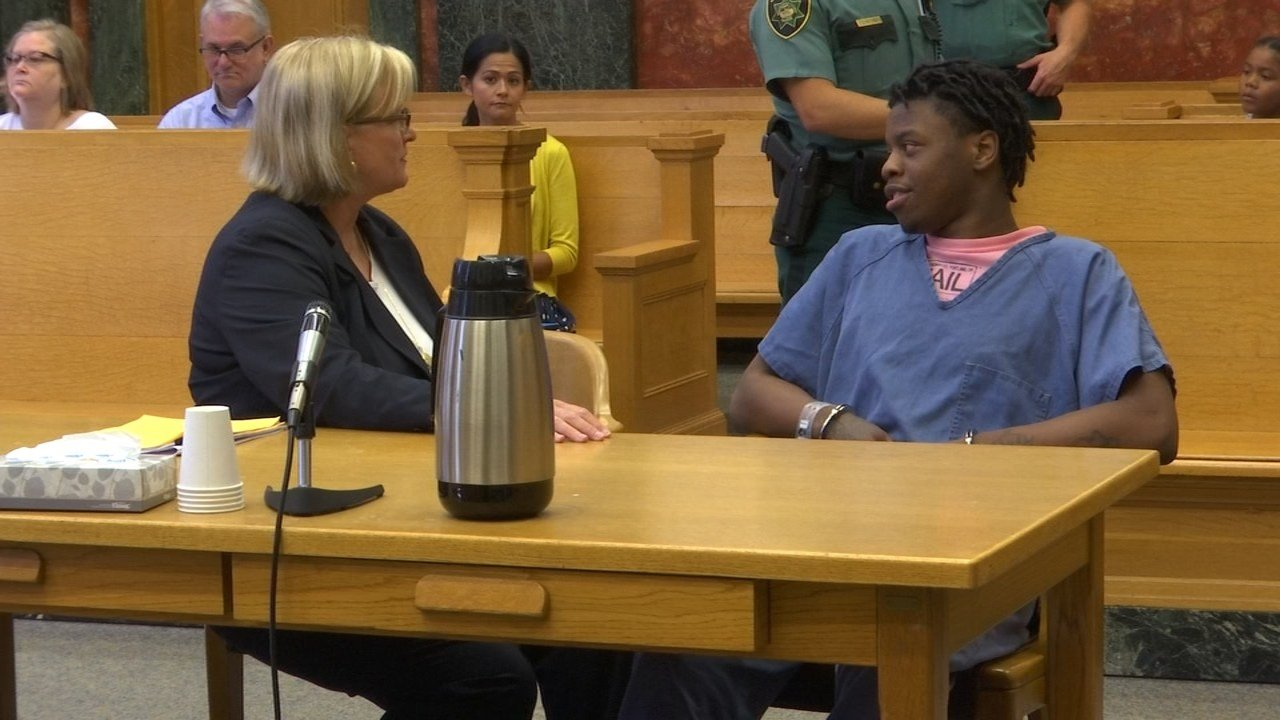 Shamar Hunter in court Wednesday (KPTV)