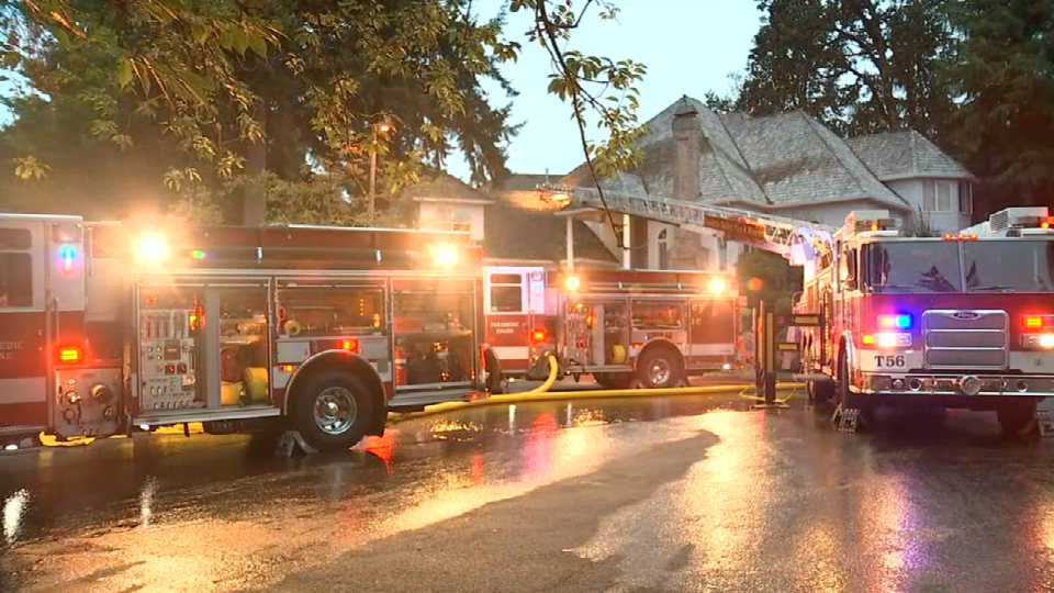 Fire breaks out at West Linn home days before family wedding