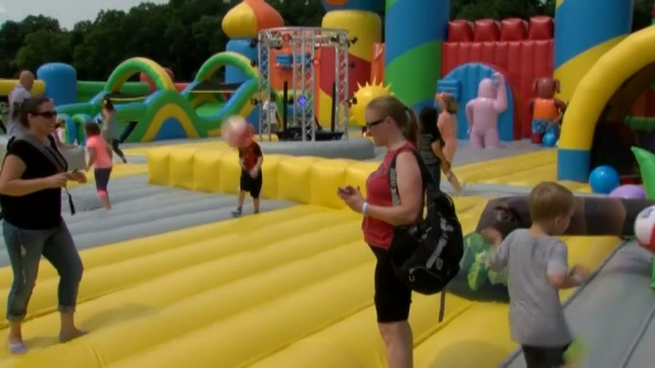 World\'s biggest bounce house heading to Hillsboro - KPTV - FOX 12