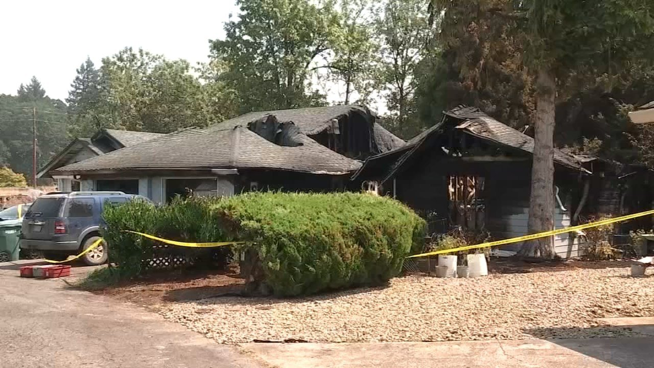 Deadly house fire in Monmouth. (KPTV)