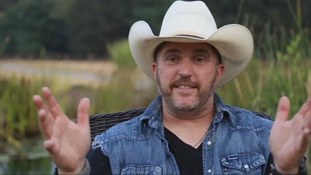 Oregon native Kurt Van Meter makes name for himself in country music scene