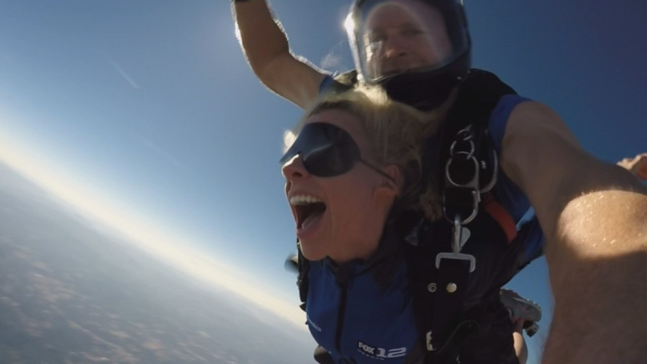 Stephanie Kralevich went skydiving with Pacific Northwest Skydiving during Monday's eclipse. (KPTV)