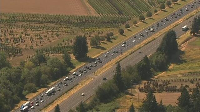 Post-eclipse traffic brings cars to a stop on Oregon highways