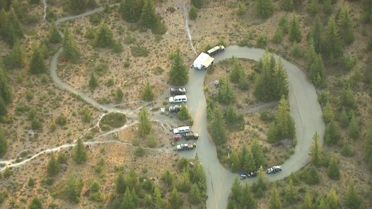 Crews returned to Mount St. Helens early Tuesday morning to resume the search for missing hiker Katrina Holmes, who was last seen Monday afternoon by campers after becoming separate from her family. (AIR 12/FOX 12 Oregon)