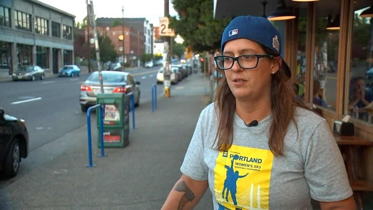 Melissa McMillan, owner of Pastrami Zombie, is raising money for those affected by Harvey. (KPTV)