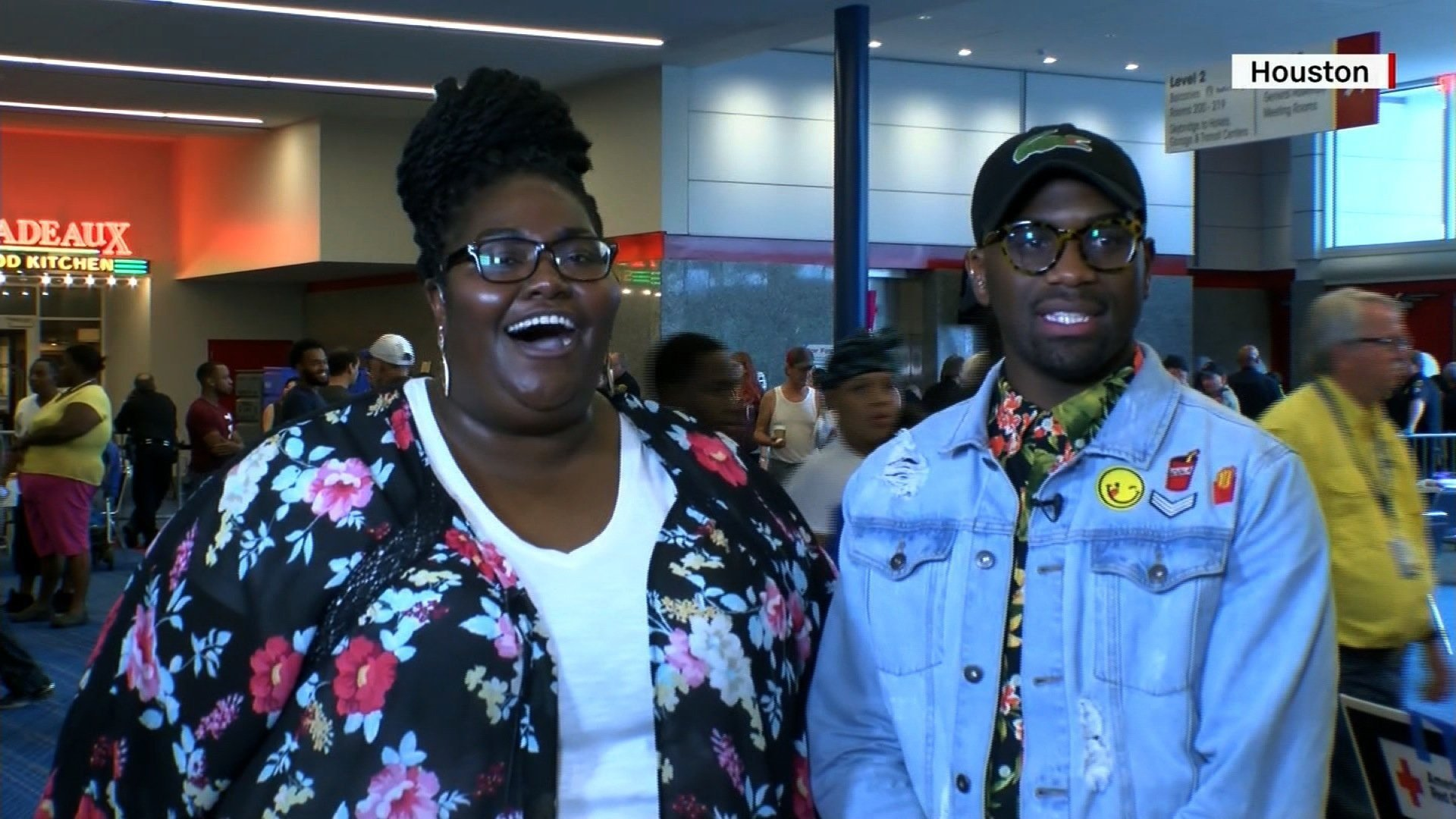 In a now-viral video, Victoria White and Marquist Taylor gave a passionate, gospel performance at a Texas shelter for Harvey evacuees. (Source: CNN)