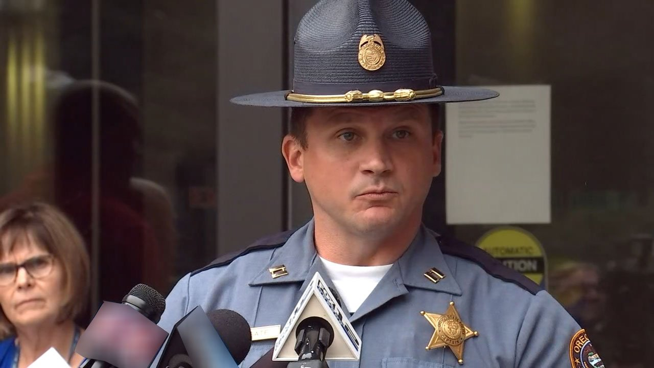 At a news conference Wednesday, Captain Bill Fugate said that the 15-year-old suspected of starting the Eagle Creek Fire had been cooperating with investigators, as had his parents. (KPTV)