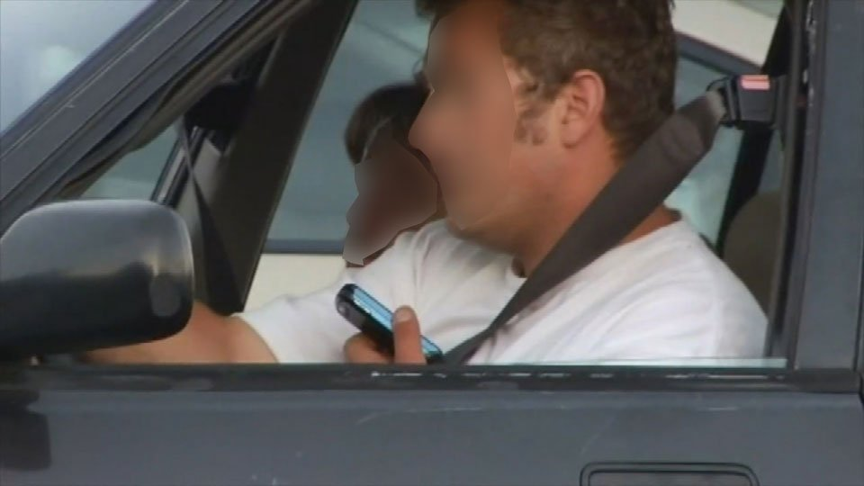 Oregon's distracted driving laws getting tougher on October 1